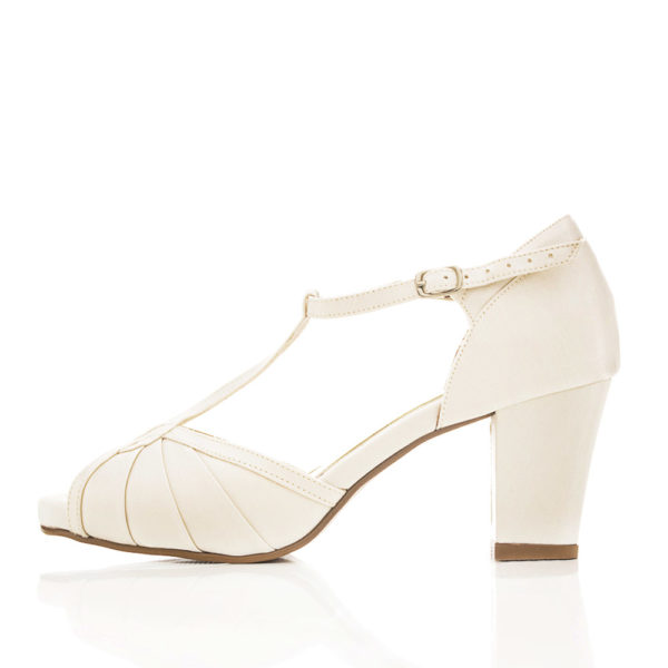 sapato-de-noiva-santa-scarpa-colecao-2017-brooklin-off-white-2