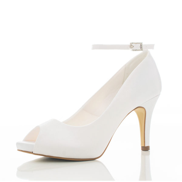 sapato-de-noiva-santa-scarpa-colecao-2017-Ipe-branco-4